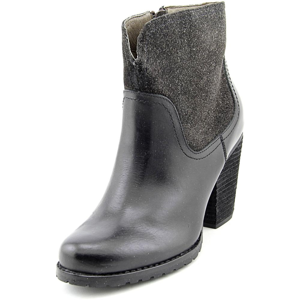 Eastland Jezebel 1955 Women Round Toe Leather Black Ankle Boot by Eastland