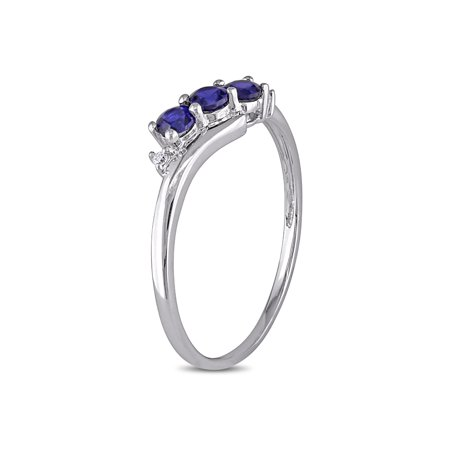 Lab Created Blue Sapphire Three Stone Ring 2/5 Carat (ctw) in 10K White Gold with Accent Diamonds - image 2 de 4