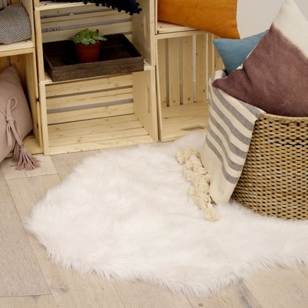 Jean Pierre Faux-Fur 3' x 5' Area Rug, white