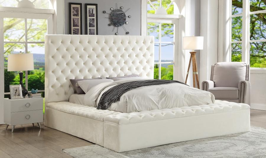 Meridian Furniture Bliss Traditional White Velvet King Size Storage Bed