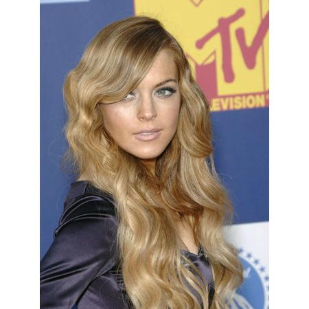 Lindsay Lohan At Arrivals For Mtv Video Music Awards - Vma Arrivals Canvas Art - (16 x 20)