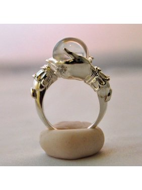 KABOER Fashion Personality Hand Holding Moonstone Shape Rings For Women Punk Wedding Engagement Rings Christmas Gift