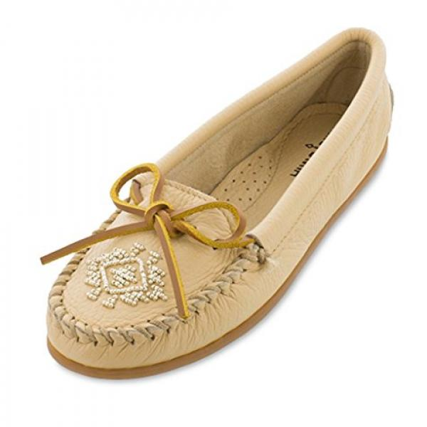 Minnetonka Women's Deerskin Beaded Moccasin Champagne 7 M by