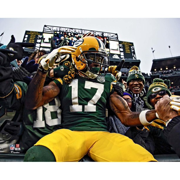 Fanatics Authentic Davante Adams Green Bay Packers Unsigned Lambeau Leap Photograph Walmart Com Walmart Com