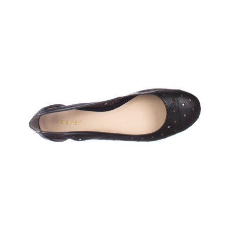 cb70579c6b Nine West Womens marie Leather Closed Toe Ballet Flats | Walmart Canada