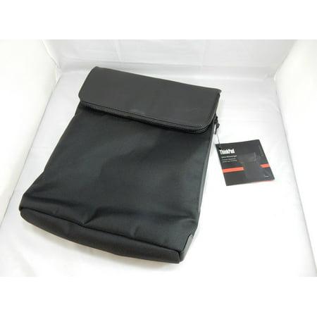 "Lenovo Ultra Carrying Case (Messenger) for 14.1"" Notebook 4X40E77331"