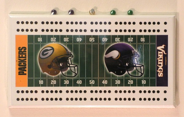 Green Bay Packers vs. Minnesota Vikings Cribbage Board by Rico