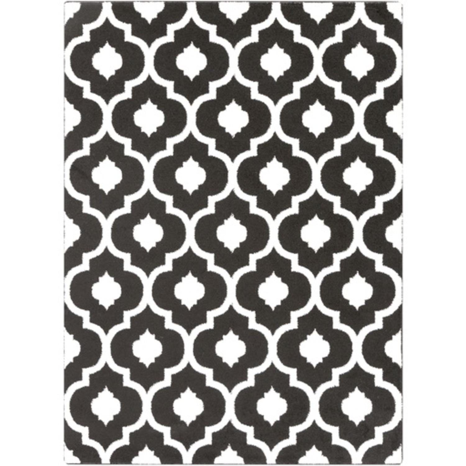 2' x 3' Spaded Flush Black and White Shed-Free Area Throw Rug