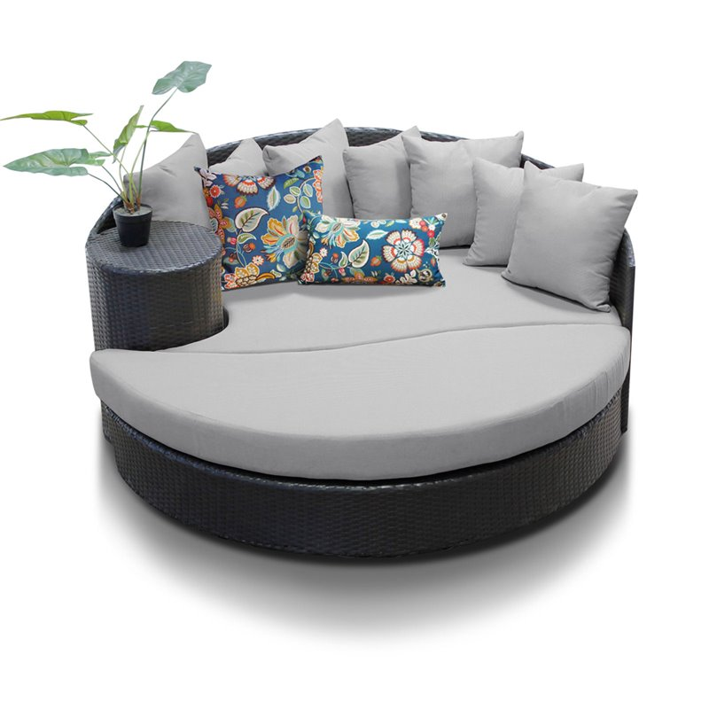 Bowery Hill Round Patio Wicker Daybed in Gray