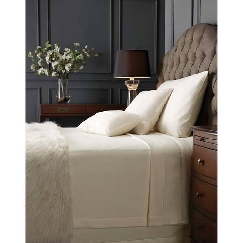 Hotel Style Oversized Cotton Full/Queen Blanket, Ivory