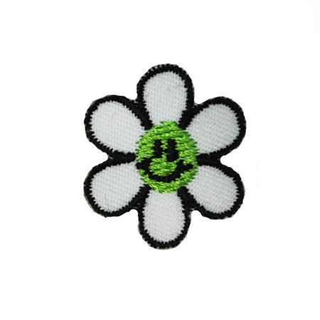 Lot of 3 Green Smiley Face Daisy Patches Spring Embroidered Iron On Applique](Smiley Face Lights)
