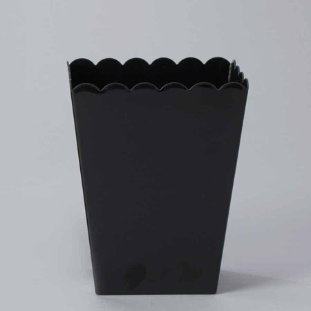 Plastic Large Scalloped Container, 7-3/4-Inch, Black