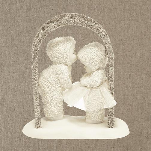 Department 56 Snowbabies 4039774 A Kiss For Luck 2014