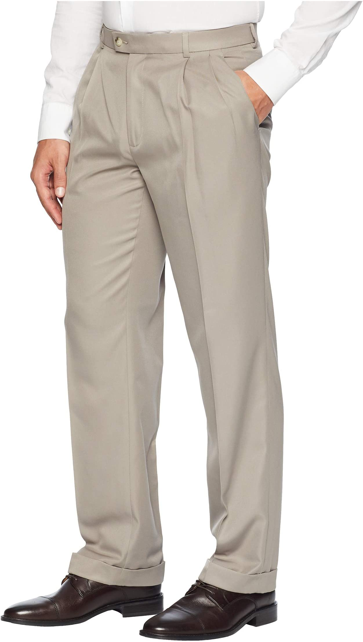 Perry Ellis Mens Classic Fit Elastic Waist Double Pleated Cuffed Pant
