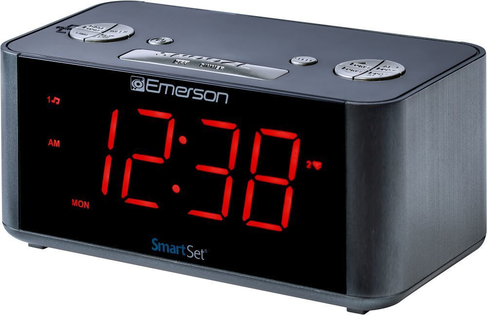 Emerson SmartSet Alarm Clock Radio with Bluetooth Speaker, USB Charger for iPhone and Android and Red LED Display... by Emerson Radio Corporation