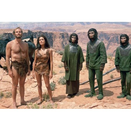 (Charlton Heston, Roddy McDowall, Kim Hunter, Linda Harrison and Lou Wagner in Planet of the Apes 24x36 Poster)