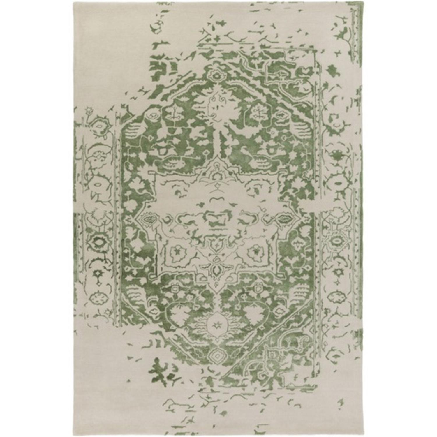 10' x 14' Graceful Elegance Lime Green and Ivory Hand Tufted Area Throw Rug