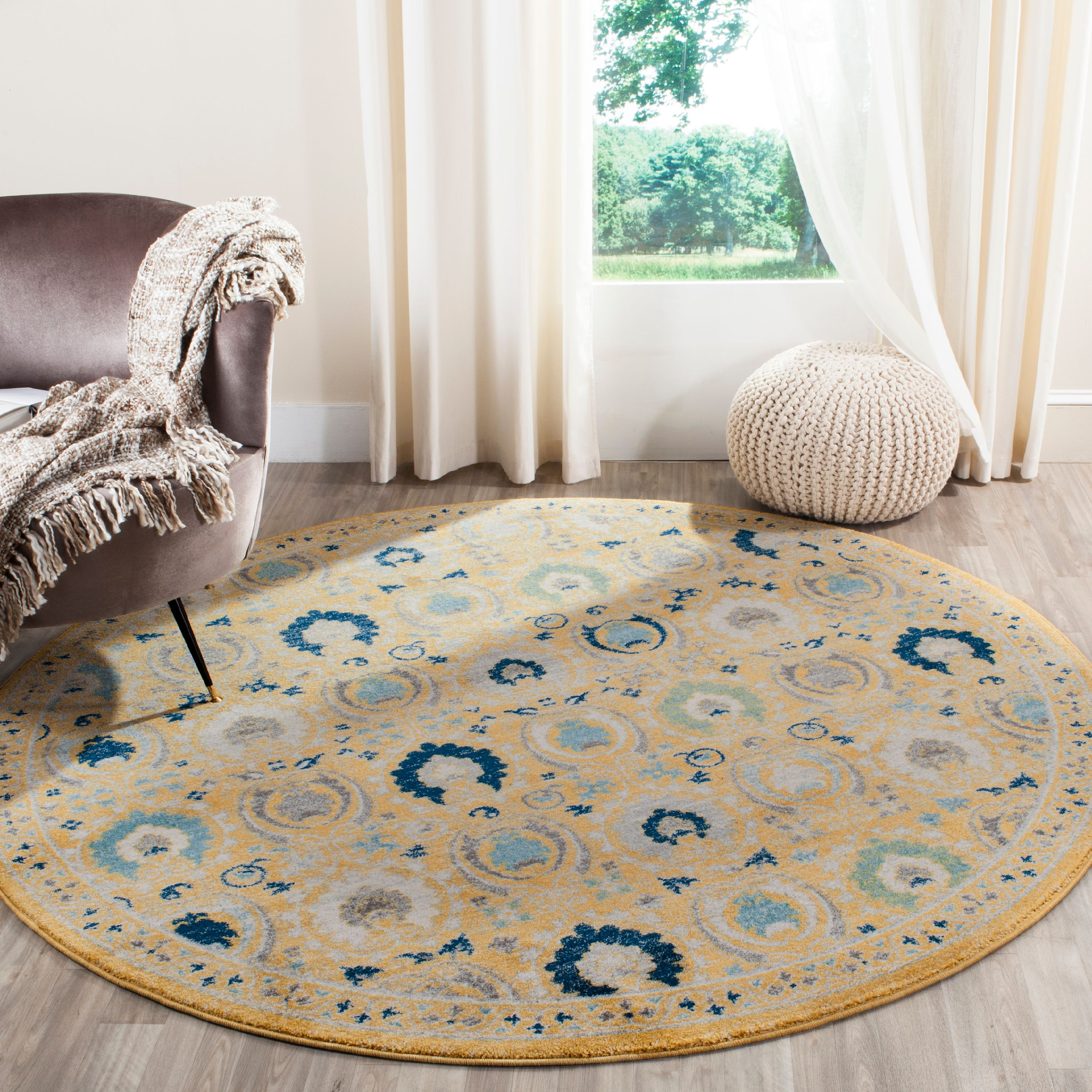 Safavieh Evoke Milica Traditional Area Rug