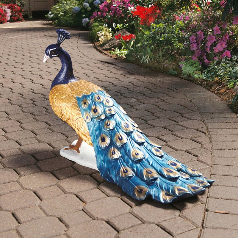 Design Toscano The Regal Peacock Garden Statue by Garden Statues