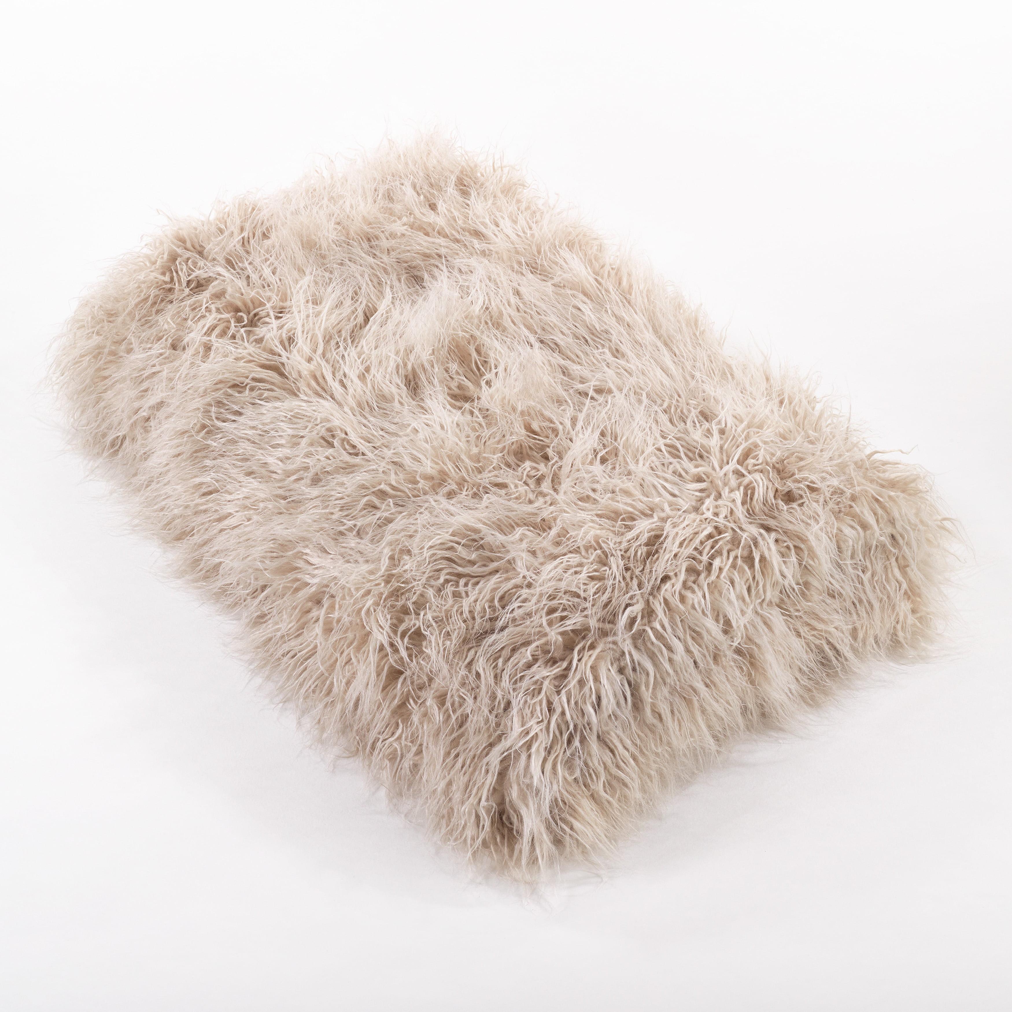 Saro Throw Blanket With Faux Mongolian Fur Design