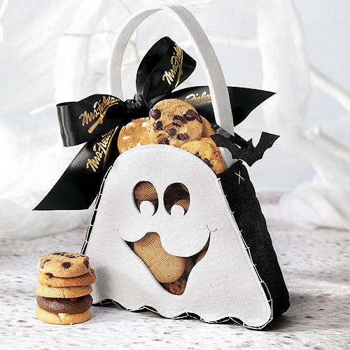 Mrs. Fields Nibblers Cookies Ghost Tote, 24 count