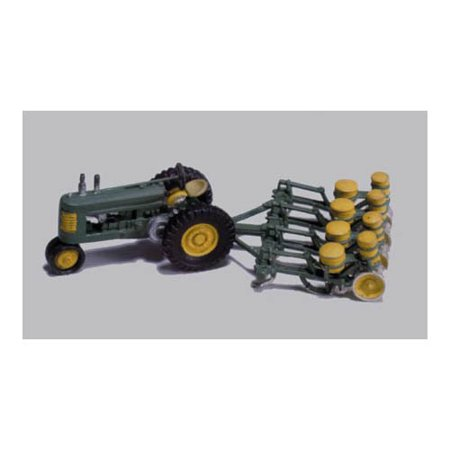 HO Seeder & Tractor, 1938-46 Multi-Colored