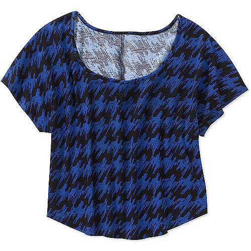 Susie Rose Juniors Plus Open Neck Short Sleeve Top