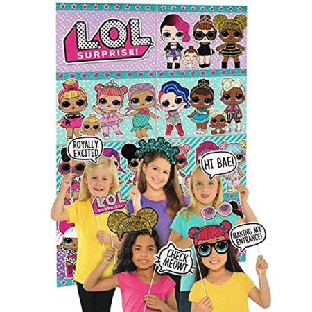 L.O.L. Surprise! Scene Setter with Photo Booth Props - Starry Night Scene Setter