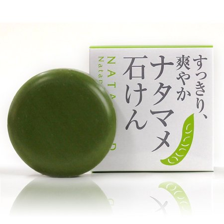 BoxCave Anti-aging Odor Soap | Sword Bean Green Tea Extract and Persimmon Juice | Antibacterial Gentle Cleansing Bar 80g - Made in