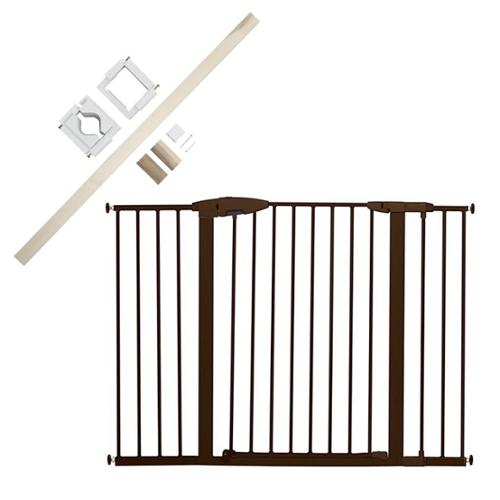 Munchkin Easy Close Metal Extra Tall & Wide Safety Gate with Universal Stairway Gate Installation Kit