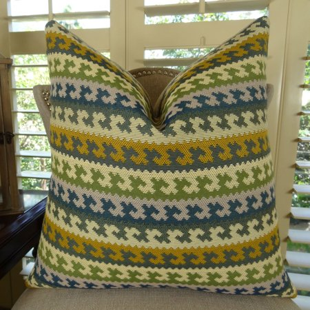 Thomas Collection Green Navy Cream Olive Houndstooth Couch Pillow - 11116
