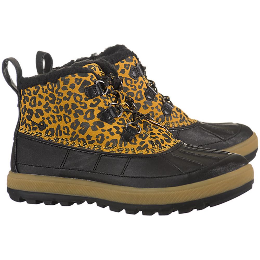Nike Women's Woodside Chukka II Snow Boots (8.5)
