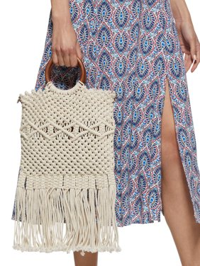 Scoop Macrame Wooden Handle Tote Bag