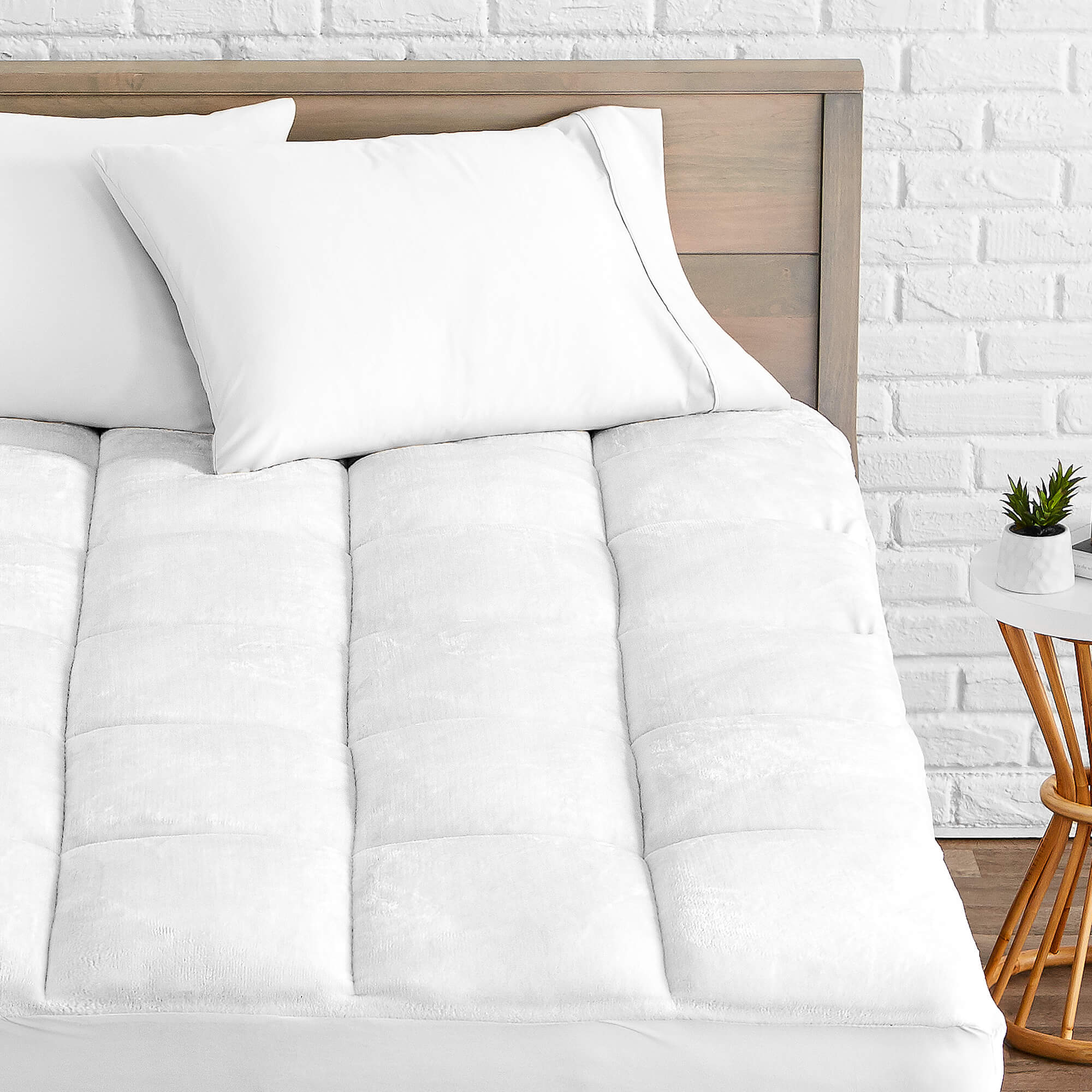 Perfect Fit Queen Washable Wool Cool Wool Extra Plush Down Alternative Reversible Mattress Pad // Topper Hypoallergenic