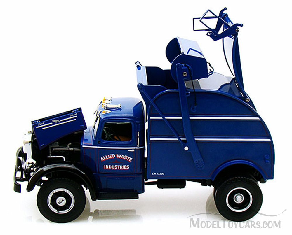 Set Of 6 Blue Trash Carts For Garbage Trucks By First Gear 1 34