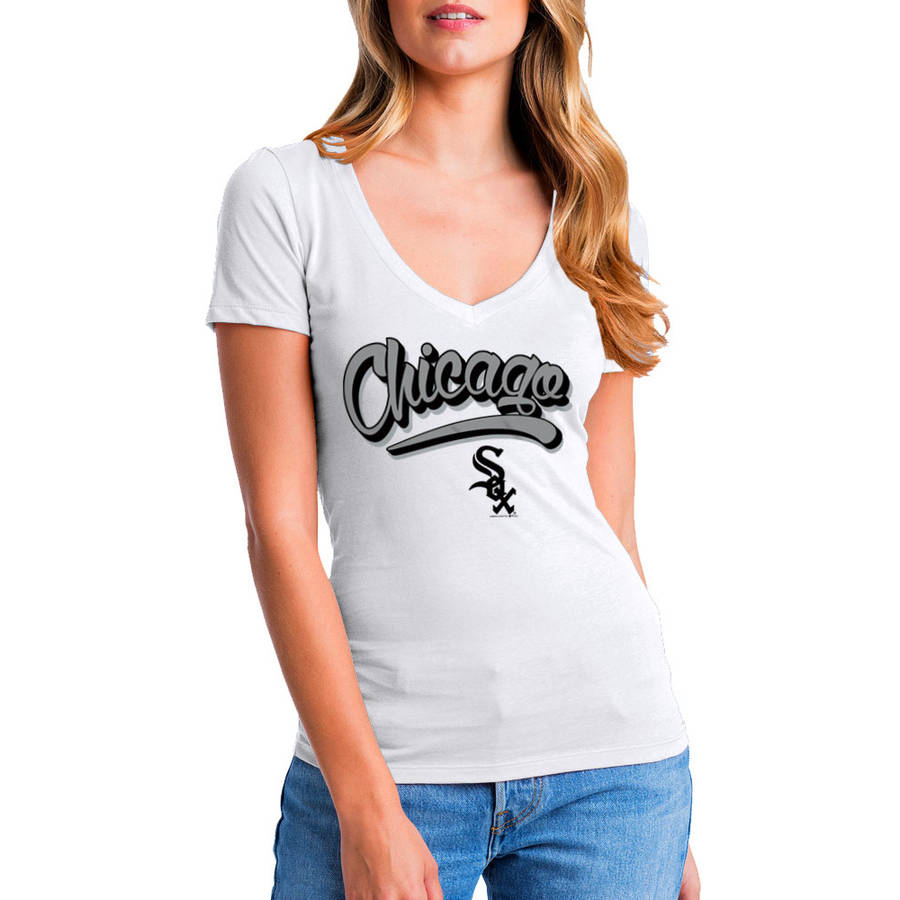 MLB Chicago White Sox Women's Short Sleeve White Graphic Tee