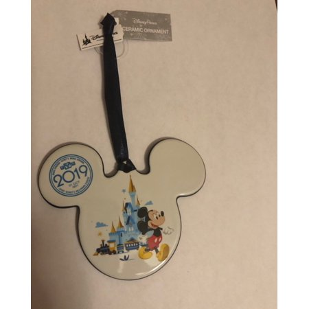 Disney Parks 2019 WDW Mickey and Minnie Ceramic Disc Ornament New with Tags - Mickey And Minnie Ornaments