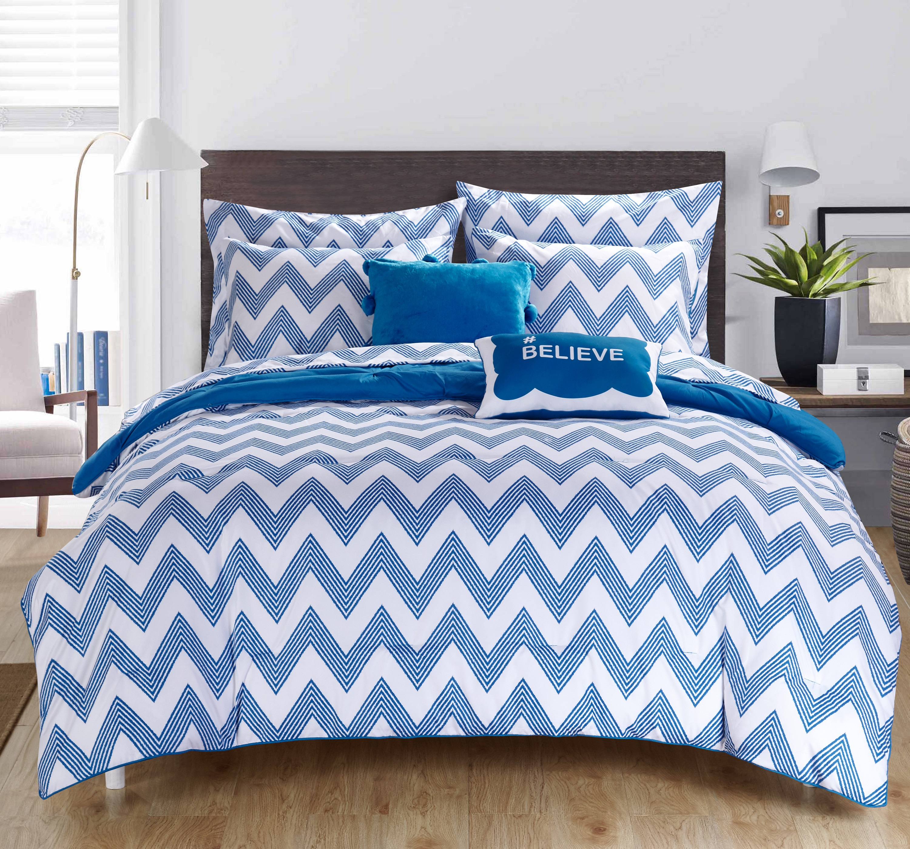Chic Home 9-Piece Foxville REVERSIBLE Bed In a Bag Comforter Set