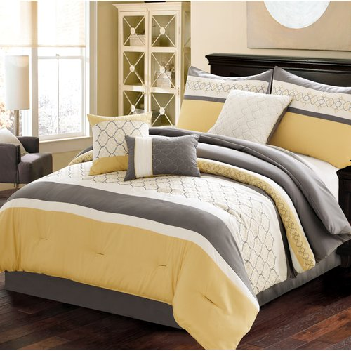 Charlton Home Willenhall Comforter Set