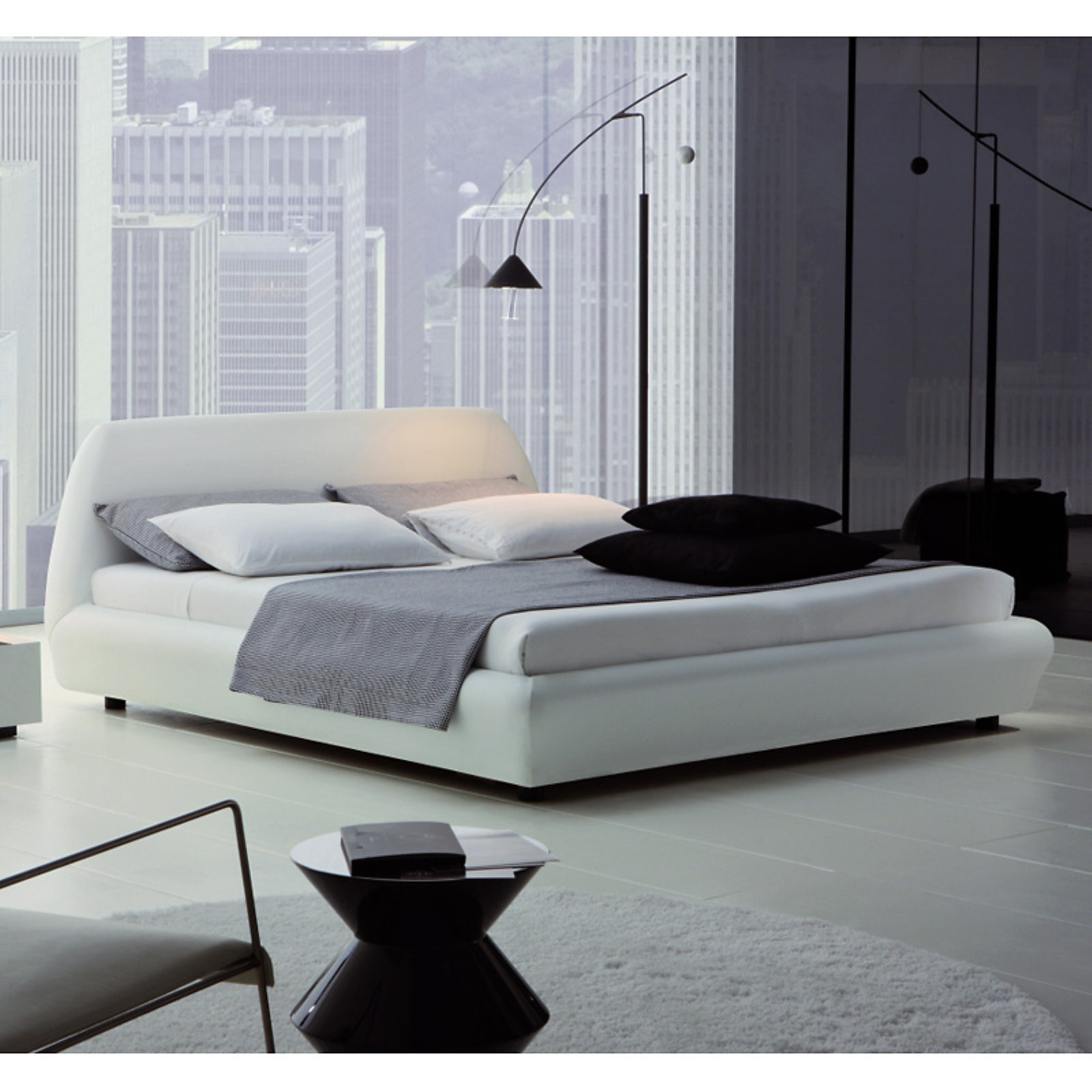 Rossetto Downtown Platform Bed by Rossetto USA