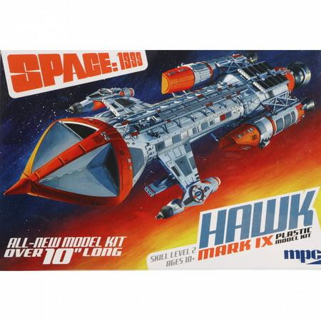 ROUND 2, LLC MPC 1 72 Space 1999 Hawk Mk IX, MPC881