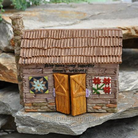 Barn Outdoor Garden (Miniature Barn with Fairy Quilts for Miniature Garden, Fairy Garden )