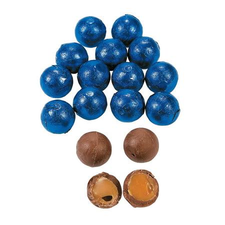 Fun Express - Royal Blue Caramel Chocolate Balls 1lb - Edibles - Chocolate - Non Branded Chocolate - 37 Pieces (Fun Halloween Caramel Apples)