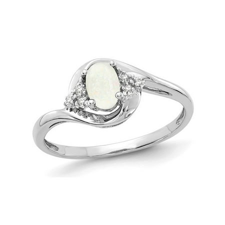 3/10 Carat (ctw) Natural Opal Ring in 14K White Gold