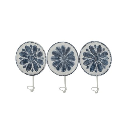 Decmode Contemporary 11 Inch Round Iron Floral Wall Hooks - Set of 3