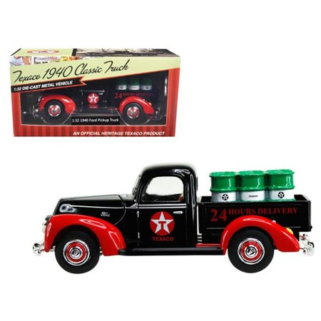 "1940 Ford Pickup Truck ""Texaco"" with Oil Barrels 1/32 Diecast Model Car by Beyond Infinity"