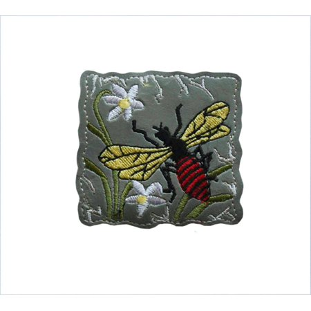 Bee Craft - ID 0398 Wasp Flying Patch Bee Flowers Emblem Craft Iron On Badge Applique