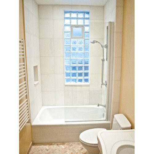Charmant Ark Showers 30u0027u0027 X 60u0027u0027 Pivot Semi Frameless ...