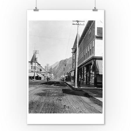 View Looking north on Broadway Street, Skagway, AK Photgraph (9x12 Art Print, Wall Decor Travel