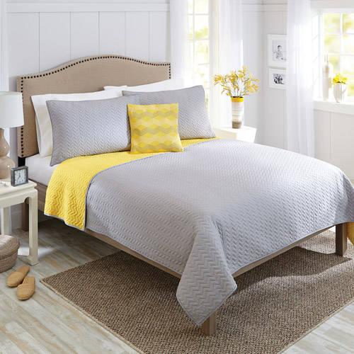 Better Homes and Gardens Four-Piece Solid Quilt King Set